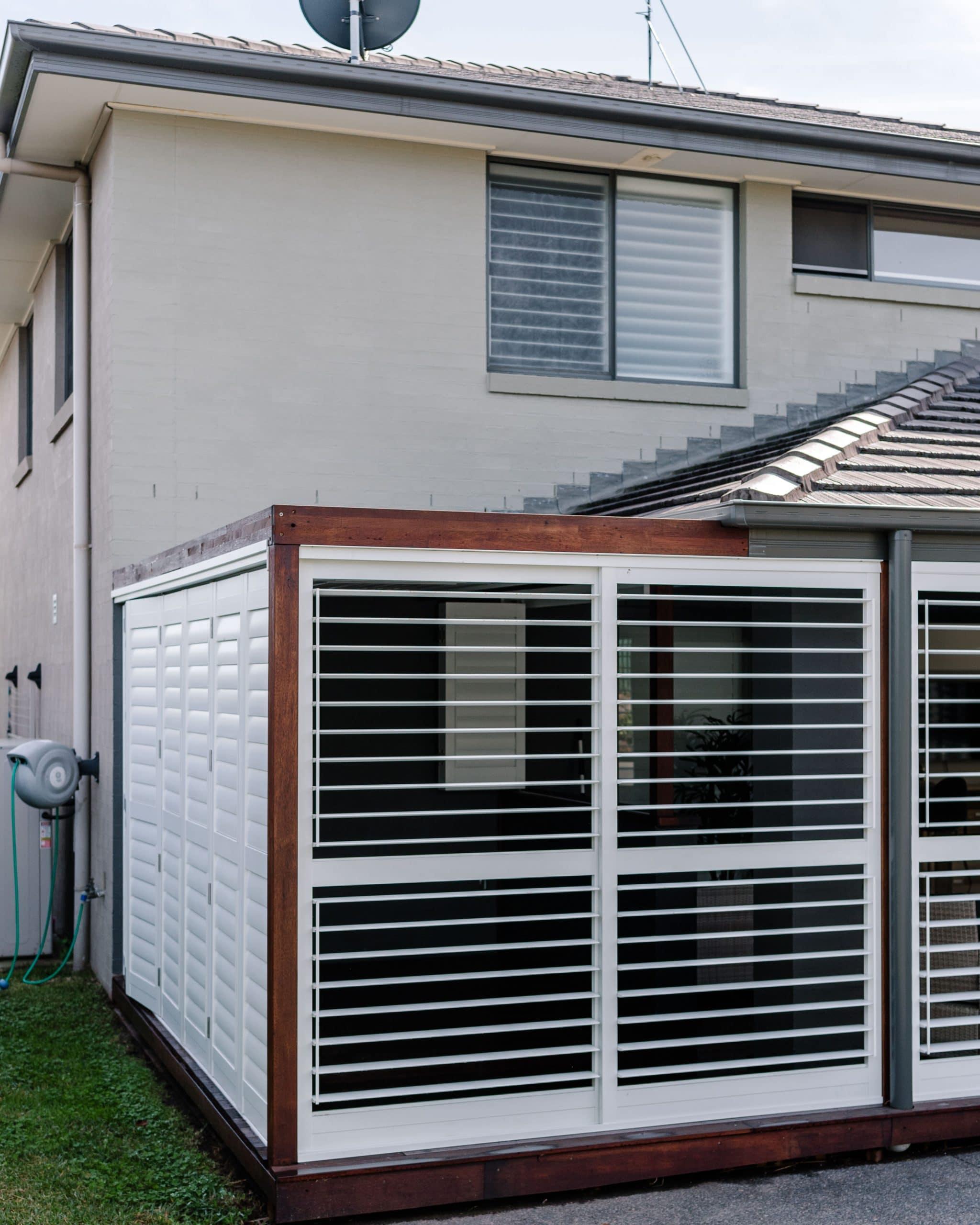 Sliding - sliding shutters